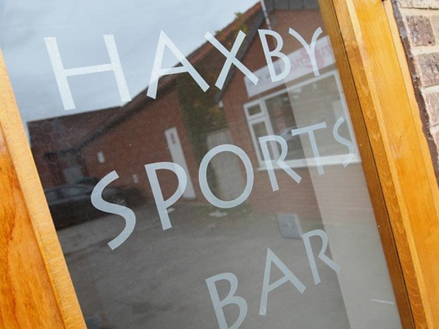 https://www.chargepoint.co.uk/wp-content/uploads/2019/10/Haxby-Sports-Bar-Charge-Point-640x480.png